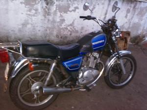 motos suzuki gn 125, año 98, azul. 100% funcional