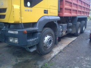 se vende camion volteo iveco 18 tons mod 2008