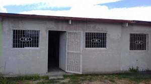 se vende casa de 200 mts2 de trno en urbanizacion villas del progreso