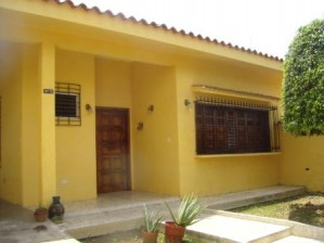 oferta se vende casa-quinta. en valencia, venezuela