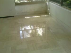 Cuidados y limpieza de pisos de marmol y granito emplomado - Cuidado del marmol ...