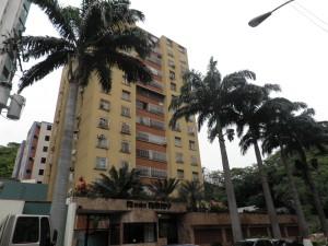 apartamento en venta las chimeneas valencia edo carabobo cód. 11-4080