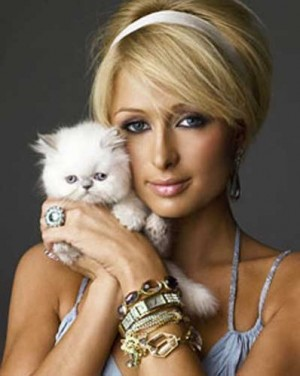 guillermo capellan said: paris hilton & sara carbonero share karma for cr9