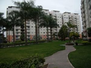 venta de bello apartamento en barquisimeto oeste 10-5937