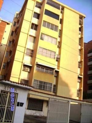 apartamento en venta en maracay, el bosque, codflex12-2029